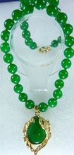 lady's finest accessory! lovely green jades Necklace + inlaid crystal green  jades pendant
