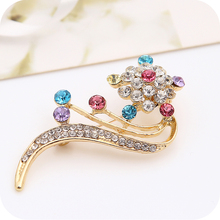 4pcs High Grade Girl Crystal Diamond Brooch Flower Style Pin  Badges Metal Beautiful Magic Stick Badges