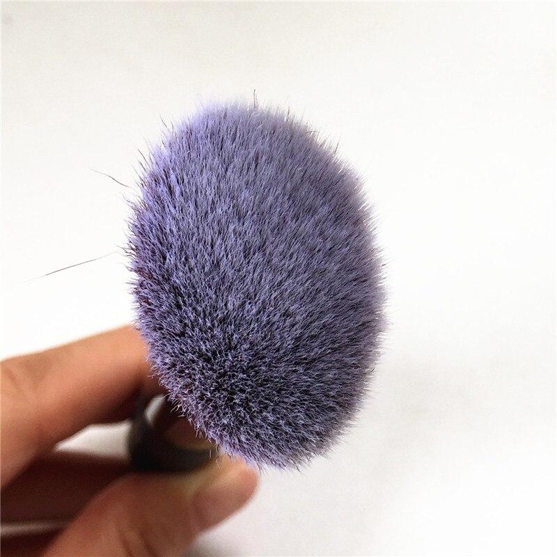 IT COSMETICS Angled Radiance Brush #10 _5
