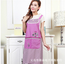 Manufacturers promotional new Korean lace sleeveless peach flowers adult kitchen aprons antifouling oil wholesale(China)