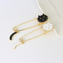2017 New Cute Cartoon Brooch Song pin Cute Cat Badge Female Fashion Bag Shirt Accessories Wholesale Gift Jewelry Brooch(China)