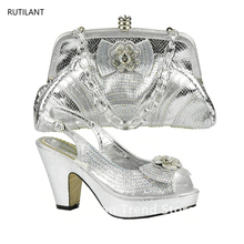 Latest Sliver Color Shoe and Bag Set Decorated with Appliques High Quality Matching Italian Shoes and Bag Set for African Party