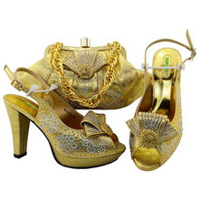 Adults Gold Color Wedding Italian Design Pumps with bag African Women Wedding Set by Fashion Design Popular in 2018 High Quality(China)