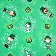 sn019 - 1 Yard Cotton Woven Fabric - Sanrio Cartoon Characters, Peanuts Dog and Clover - Green (W105)