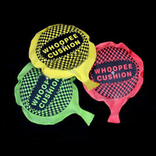 1 Pcs Random Color Funny Whoopee Cushion Jokes Gags Pranks Maker Trick Fun Fart Pad Novelty Gadgets Blague Tricky Shocker Toy