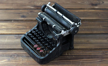 Shabby Chic Intelligence Black Typewriter Vintage Style Metro Miniature Metal Typewriter Model Home Decoration Craft Collectible