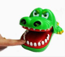 Green Crazy Crocodile Dentist Pulling Teeth to Bite Finger Toy Snapping Family Funny Challenge Truth or Dare Game for Kids Gift