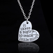"2017 New Arrive Teacher Appreciation Gifts"" It Takes A Big Heart To Teach Little Minds""silver Heart Pendent Necklace"