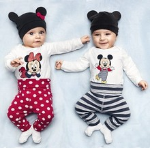 Retail 100%cotton spring 2016 baby wear boys romper babys Mickey Christmas style romper print Mickey rompers +hat+pants 3pcs set