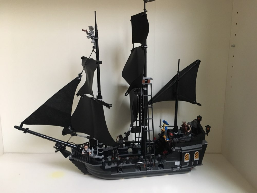 804pcs LEPIN 16006 Pirates of the Caribbean The Black Pearl Building Blocks Set 4184 Lovely Educational BoyToy For Children Game<br>