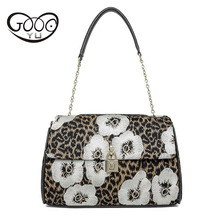 Leather leopard embroidery handmade handmade Europe and the United States retro Messenger bag shoulder bag embroidered pillow bi(China)