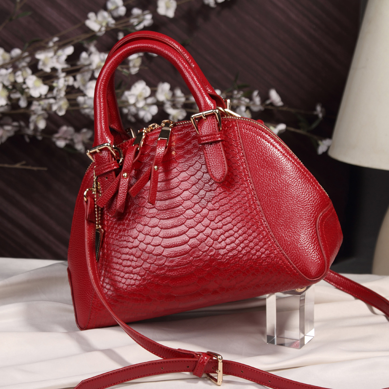 CHISPAULO 2017 Brand Women Genuine Leather Handbags Famous Women Brand Bag Fashion Tassel crossbody Messenger Ladys Retro Bag<br><br>Aliexpress