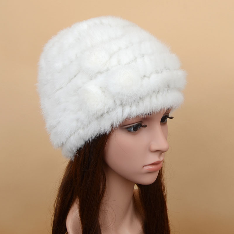 mink fur hat 3flowers white 1