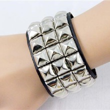 Punk Style Rivet Leather Hand Jewelry Bracelet Casual Unisex Metal Stud Bracelet Mix Color Wristbands