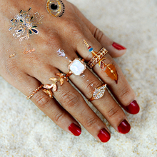 5 pcs/set BOHO Pink Rhinestone Hollow Wavy Leaves Midi Rings Set Gold Geometric Punk Knuckle Ring For Women Beach Jewelry(China)