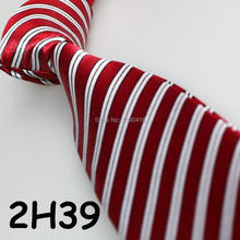 XINCAI Cheap Sell ! Hot Sell !2018 Latest Style Fashion/Business/Casual Wine Red/white Striped appropriative men tie for banquet(China)