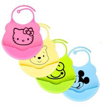 Newborn Cartoon Waterproof Aprons Baby Bibs New Design Baby Bibs Waterproof Silicone Feeding Baby Saliva Towel(China)