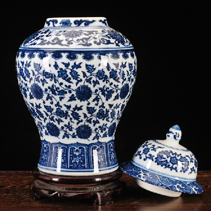 FREE-SHIPPING-Chinese-Antique-Qing-Qianlong-Mark-Blue-And-White-Ceramic-Porcelain-Vase-Ginger-Jar
