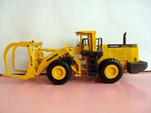 1:50 Komatsu WA600 -3 Log Loader toy(China)
