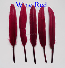Free Shipping Hot 25 pcs/lot 10-15 cm Wine Red Goose Feather For Craft Clothing jewelry Hat Christmas Holiday Decorative Feather