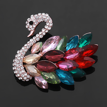 Fashion Jewelry Multiple Colors Swan Crystal and Rhinestones Brooch Pins For Women(China)