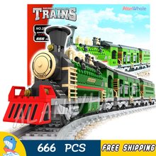666pcs Creator Luxury Winter Holiday Trains Red Locomotive 25904 Model Building Blocks Bricks Railway Toys Compatible With lego