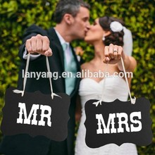 "1 set ""Mr&Mrs"" Letter Garland Banner Photo Booth Wedding party Photography Props"