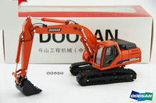 1:40 DOOSAN DH220 crawler excavators model alloy hook machine model