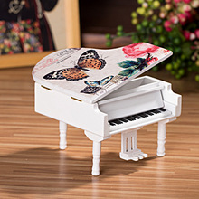White wooden grand piano music box home decoration wooden craft creative birthday gift