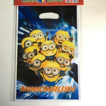 10pcs cartoon Despicable Me Minion Rush theme Baby birthday party Candy Dessert Loot gift bags wedding decoration Kids Bag Gifts(China)