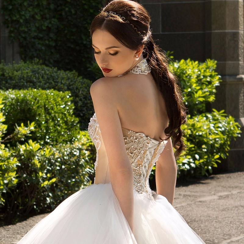 Fashionable-Ball-Gown-Wedding-Dress-2016-Vintage-Vestido-De-Noiva-Sexy-Off-the-Shoulder-Halter-Neck (3)