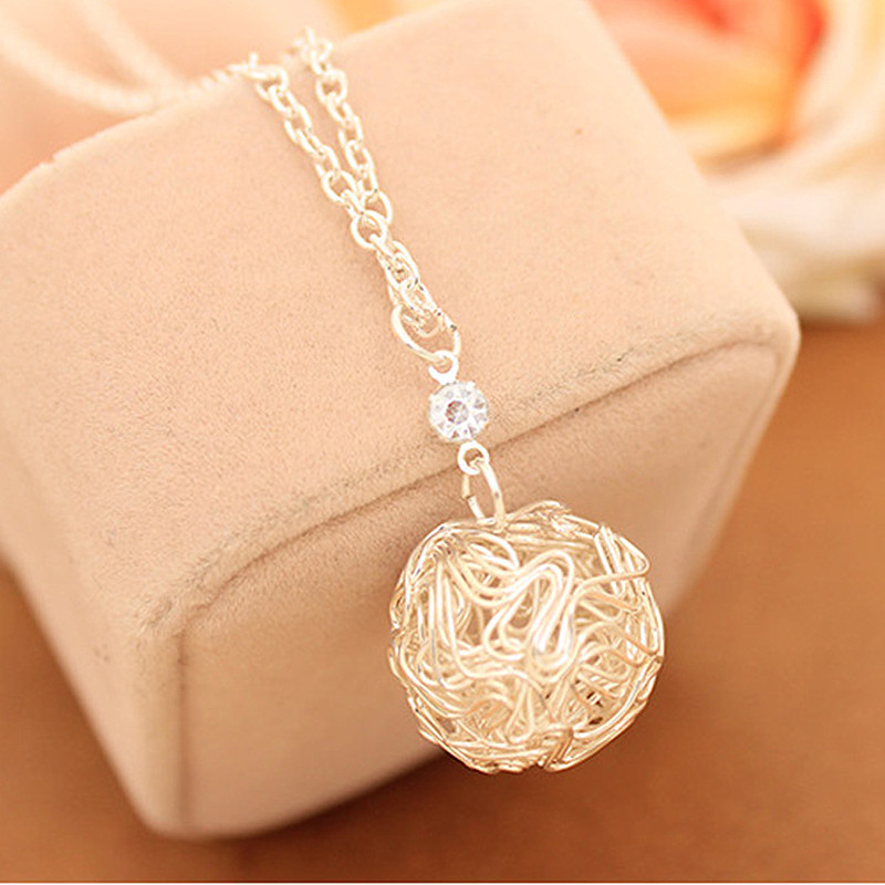 N148 Hot New Fashion Silver Plated Hollow Ball Pendants Necklaces Chain For Women Jewelry Accessories Wholesale colar bijoux(China (Mainland))