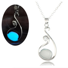 Light night blue Luminous Charms Pendant Necklace Wholesale Gift Fluorescent Glow In Dark Jewelry For Girlfriends Drop shipping