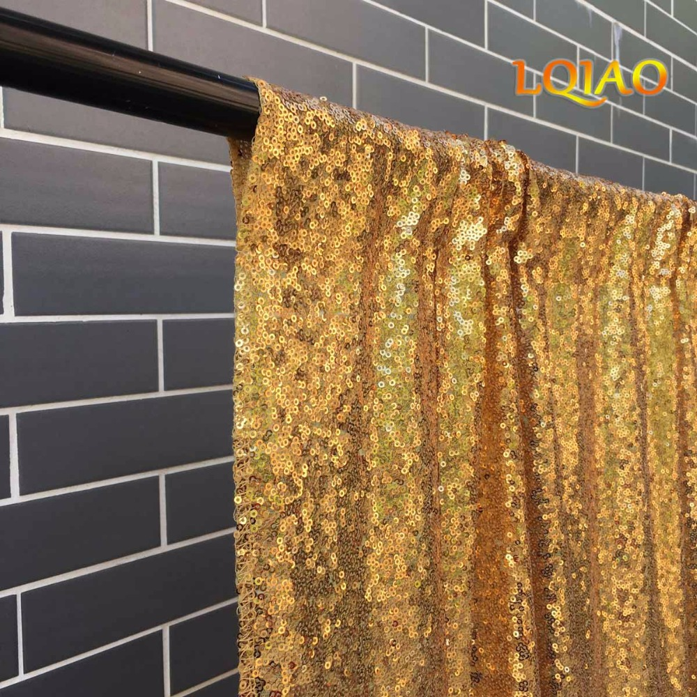 Gold Sequin Backdrop-007