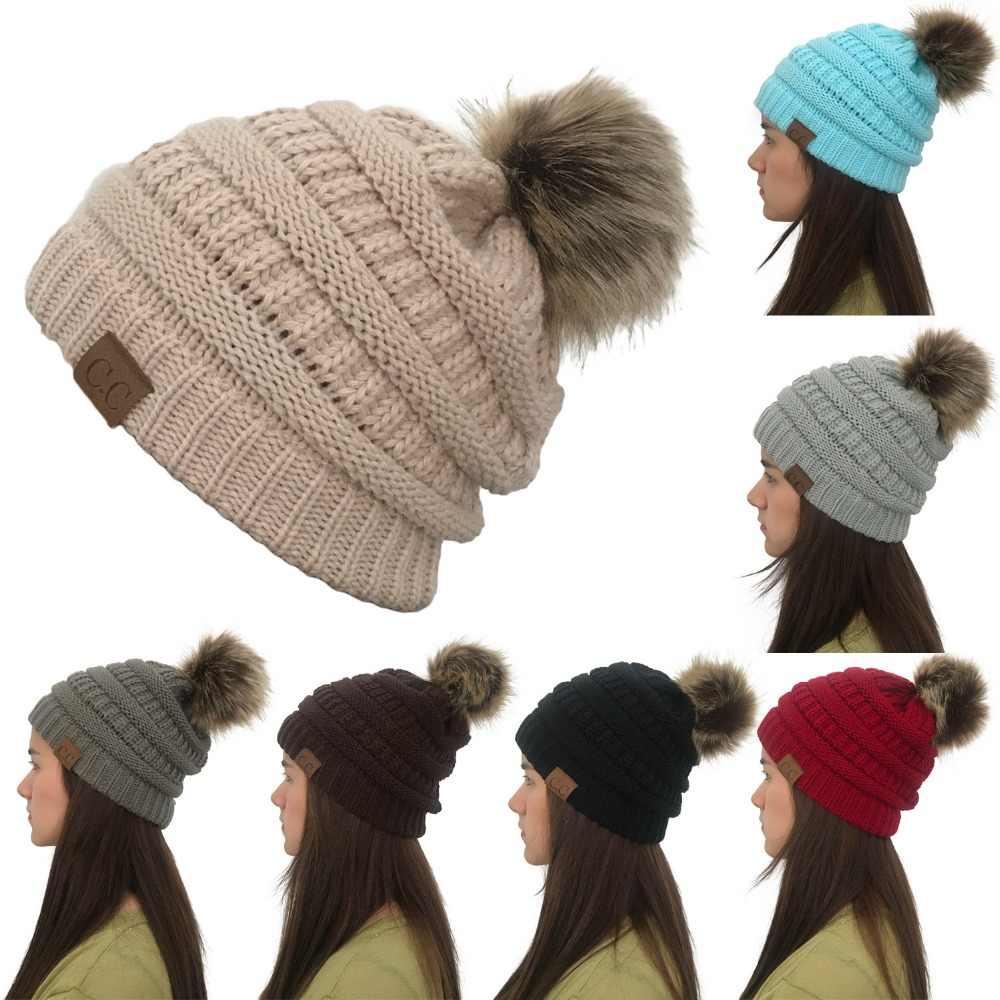 Mujeres invierno cálido sombrero de CC con lindo Faux piel Pom Bola de tapa  Skully al e958f14c052