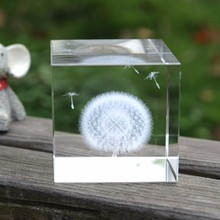 6cm Elegant 3D Laser Engraved Dandelion Crystal Cube Crafts Glass Miniatures Gifts Ornaments Home Decor