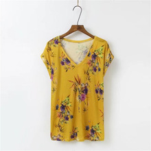 New 2017 Women T Shirts Sexy V-neck Tops Tee Summer Fashion Short Sleeve Floral Printed t-Shirts Casual Flower T Shirts Femme