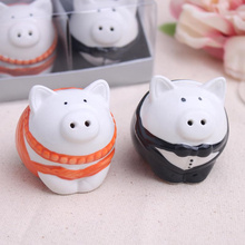 2015 new wedding favor ceramic pig Salt and Pepper Shakers bridal shower favor gifts best wedding guest souvenirs 150set /lot