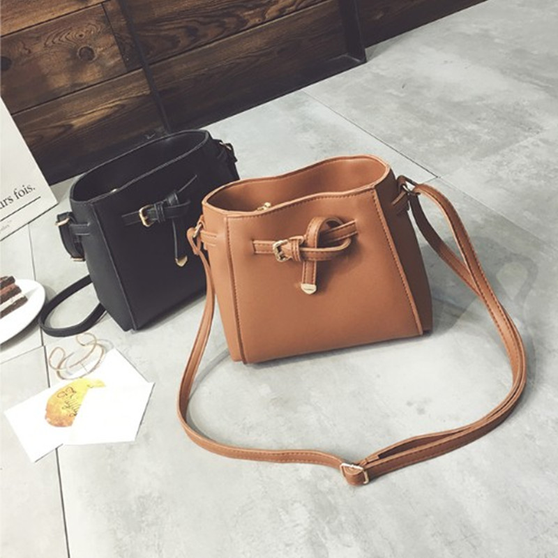 Free shipping, 2017 new women handbags, simple fashion flap, trend bucket woman bag, retro Korean version shoulder bag.