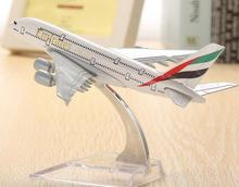 plane model Boeing A380 emirates airline aircraft  A380 Metal Solid simulation airplane model for kids toys Christmas gift