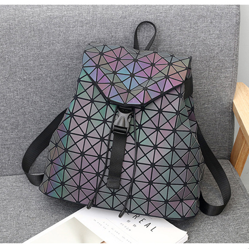Nevenka Luminous Backpack Women Leather Geometric Backpacks Diamond Lattice Backpack Travel Girls Casual Daypacks Fashion 201803