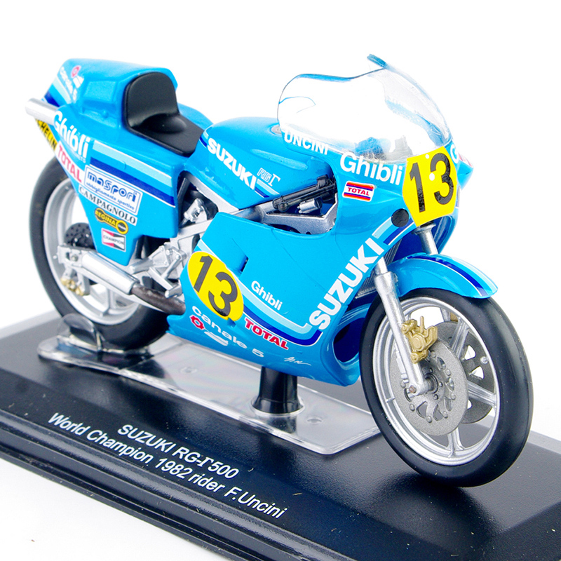 Collectible 1/22 Italeri Motorcycle Model Diecast SUZUKI RG-r 500 World Champion 1982 rider F.Uncin Kids Gift Collection l30 Toy(China)