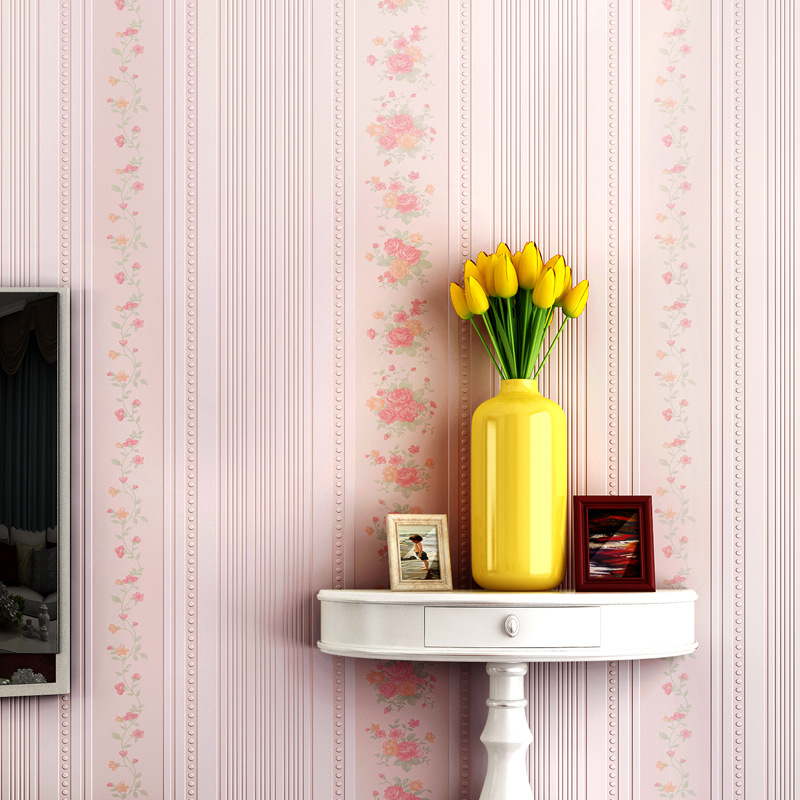 beibehang Vertical stripes non-woven warm wallpaper bedroom wallpaper floral room girl wedding wallpaper for walls 3 d<br>