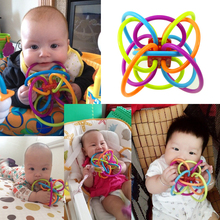 2017 Colorful baby teeth toy toothbrush Rattles toys razor teeth rubber ball baby hand holding ball teeth rattles new(China)