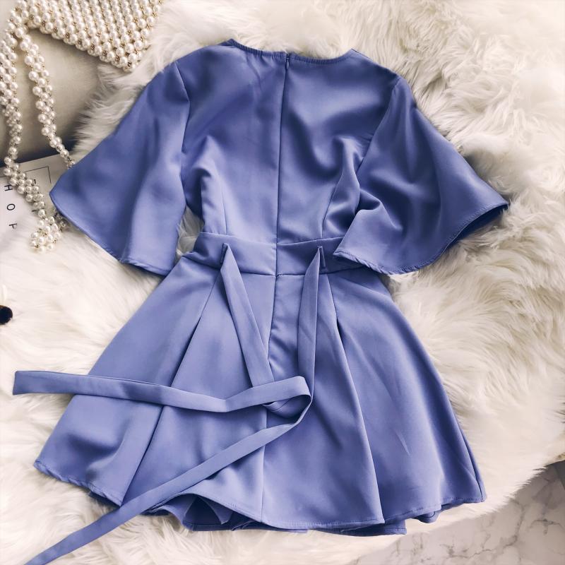 2018 Summer Jumpsuit Woman Pure Color Temperament V Collar Short Sleeve High Waist Slim Playsuits Ladies Playsuit 43