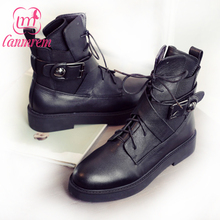 LANMREM 2017 Autumn Winter New Patterm Round Toe Lace-up Belt Buckle Fretwork Flat Bottom Leather Boots Women Shoes B78001