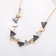 2016 New Womens Fashion Simple Clavicle Chain Necklace Gold Color Geometric Triangle Choker Fake Collar Necklaces Jewelry