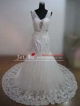 Real sample noble mermaid v neck beaded crystal rhinestone lace wedding dress 2014 from china manufacturer s052(China)