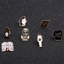 The new set of baby skull totem girl Drops glaze enamel  Collar pin Creative design coat bag micro chapter pin brooch corsage