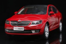 Diecast Car Model 1:18 Shanghai Volkswagen Skoda New Octavia (Red) + SMALL GIFT!!!!!